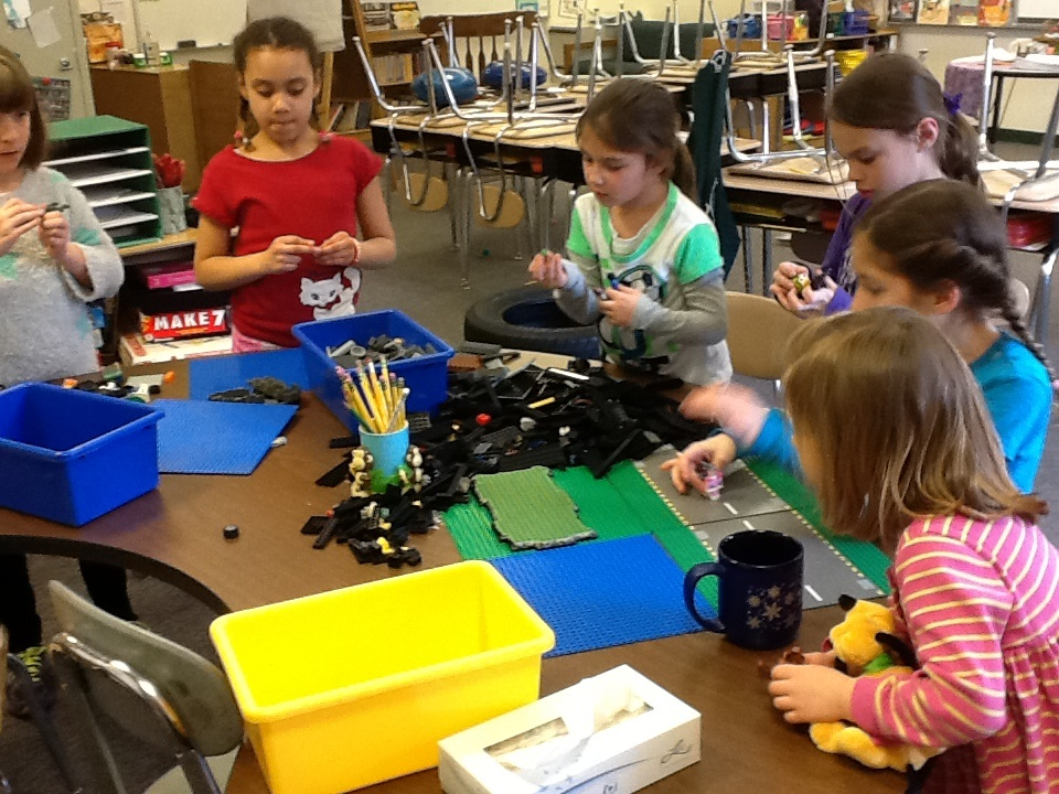 The making of a Lego stop motion movie » Girls STEM Club - A Harley ...