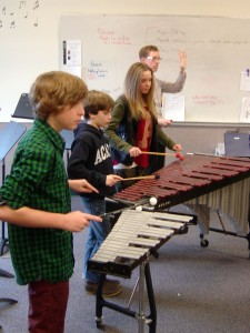Descending lines in the percussion
